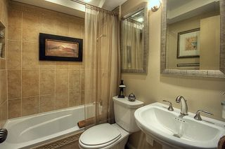 "Photo 10: 209 2125 W 2ND Avenue in Vancouver: Kitsilano Condo for sale in ""SUNNY LODGE"" (Vancouver West)  : MLS®# V840578"