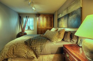 "Photo 12: 209 2125 W 2ND Avenue in Vancouver: Kitsilano Condo for sale in ""SUNNY LODGE"" (Vancouver West)  : MLS®# V840578"