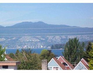"Photo 32: 209 2125 W 2ND Avenue in Vancouver: Kitsilano Condo for sale in ""SUNNY LODGE"" (Vancouver West)  : MLS®# V840578"