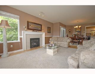"Photo 5: 415 1215 LANSDOWNE Drive in Coquitlam: Upper Eagle Ridge Townhouse for sale in ""SUNRIDGE ESTATES"" : MLS®# V718223"