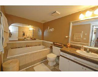 "Photo 9: 415 1215 LANSDOWNE Drive in Coquitlam: Upper Eagle Ridge Townhouse for sale in ""SUNRIDGE ESTATES"" : MLS®# V718223"