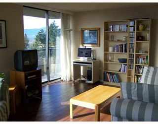 "Photo 2: 308 3740 ALBERT Street in Burnaby: Vancouver Heights Condo for sale in ""BOUNDRYVIEW TOWERS"" (Burnaby North)  : MLS®# V754798"