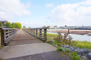 """Photo 18: 213 262 SALTER Street in New Westminster: Queensborough Condo for sale in """"PORTAGE"""" : MLS®# R2407448"""