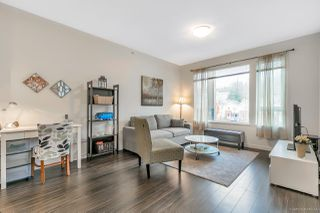 "Photo 2: 402 3133 RIVERWALK Avenue in Vancouver: South Marine Condo for sale in ""NEW WATER"" (Vancouver East)  : MLS®# R2419191"