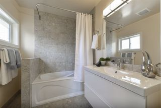 Photo 25: 2437 106A Street in Edmonton: Zone 16 House for sale : MLS®# E4181083