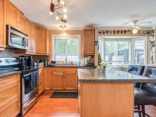 "Photo 7: 5 11534 207 Street in Maple Ridge: Southwest Maple Ridge Townhouse for sale in ""Brittany Court"" : MLS®# R2439867"