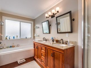 "Photo 13: 5 11534 207 Street in Maple Ridge: Southwest Maple Ridge Townhouse for sale in ""Brittany Court"" : MLS®# R2439867"