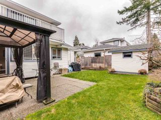 "Photo 3: 5 11534 207 Street in Maple Ridge: Southwest Maple Ridge Townhouse for sale in ""Brittany Court"" : MLS®# R2439867"