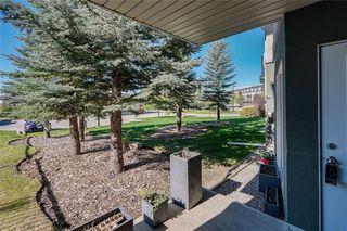 Photo 2: 106 69 SPRINGBOROUGH Court SW in Calgary: Springbank Hill Apartment for sale : MLS®# C4299091
