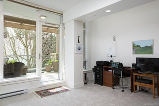 Photo 18: 3 828 Rupert Terr in Victoria: Vi Downtown Row/Townhouse for sale : MLS®# 841741