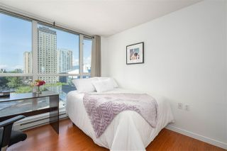 "Photo 16: 1106 1068 HORNBY Street in Vancouver: Downtown VW Condo for sale in ""The Canadian at Wall Centre"" (Vancouver West)  : MLS®# R2485432"