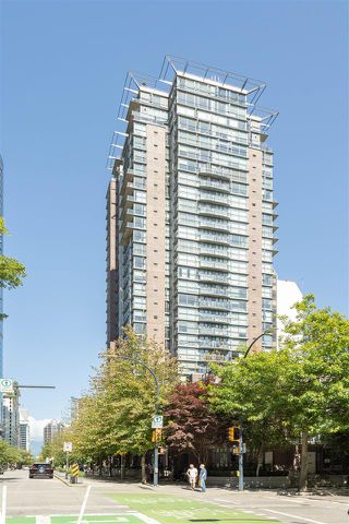 "Photo 24: 1106 1068 HORNBY Street in Vancouver: Downtown VW Condo for sale in ""The Canadian at Wall Centre"" (Vancouver West)  : MLS®# R2485432"