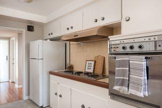 Photo 8: LA MESA House for sale : 3 bedrooms : 6731 Vigo Dr
