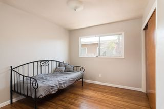 Photo 14: LA MESA House for sale : 3 bedrooms : 6731 Vigo Dr