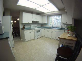 Photo 8: 25 BRADBURN Crescent: St. Albert House for sale : MLS®# E4218479