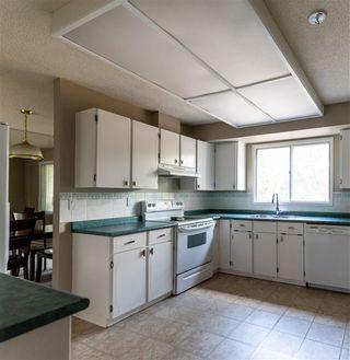 Photo 6: 25 BRADBURN Crescent: St. Albert House for sale : MLS®# E4218479