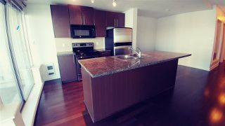 "Photo 4: 2302 898 CARNARVON Street in New Westminster: Downtown NW Condo for sale in ""AZZURE 1"" : MLS®# R2516929"