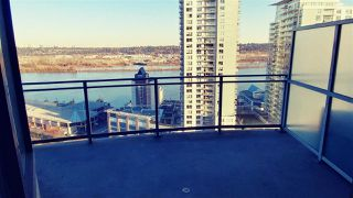 "Photo 13: 2302 898 CARNARVON Street in New Westminster: Downtown NW Condo for sale in ""AZZURE 1"" : MLS®# R2516929"