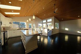 Photo 3: 718 Ocean Park Dr in : PA Tofino House for sale (Port Alberni)  : MLS®# 861190