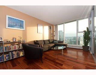 "Photo 2: 3105 1009 EXPO Boulevard in Vancouver: Downtown VW Condo  in ""LANDMARK 33"" (Vancouver West)  : MLS®# V801794"