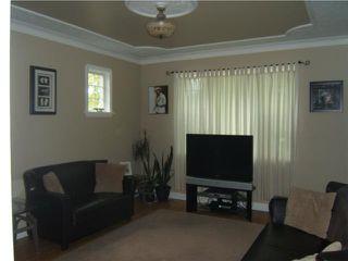 Photo 2: 421 OTTAWA Avenue in WINNIPEG: East Kildonan Residential for sale (North East Winnipeg)  : MLS®# 1013600