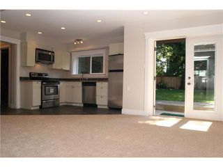 """Photo 9: 5290 UPLAND Drive in Tsawwassen: Cliff Drive House for sale in """"CLIFF DRIVE"""" : MLS®# V848542"""