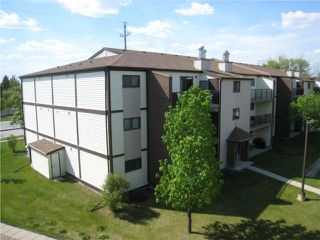 Photo 1: 7 BURLAND Avenue in WINNIPEG: St Vital Condominium for sale (South East Winnipeg)  : MLS®# 1009537