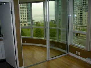 "Photo 4: 555 JERVIS Street in Vancouver: Downtown VW Condo for sale in ""HARBOURSIDE PARK"" (Vancouver West)  : MLS®# V590052"