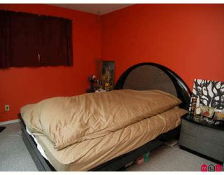 """Photo 7: 15226 FLAMINGO Place in Surrey: Bolivar Heights House for sale in """"BIRDLAND"""" (North Surrey)  : MLS®# F2902338"""