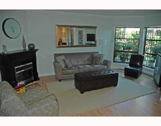 "Photo 2: 211 1106 PACIFIC Street in Vancouver: West End VW Condo for sale in ""WESTGATE LANDING"" (Vancouver West)  : MLS®# V755168"
