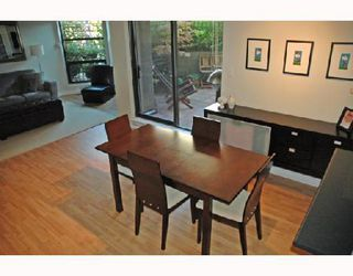"""Photo 3: 211 1106 PACIFIC Street in Vancouver: West End VW Condo for sale in """"WESTGATE LANDING"""" (Vancouver West)  : MLS®# V755168"""
