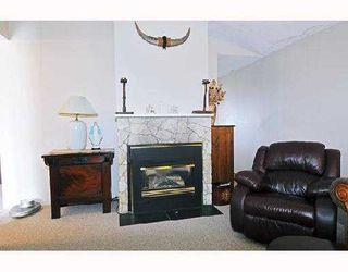 "Photo 3: 32 21707 DEWDNEY TRUNK Road in Maple_Ridge: West Central Townhouse for sale in ""MAPLE VILLAS"" (Maple Ridge)  : MLS®# V759265"