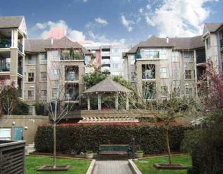 """Photo 1: 306 215 12TH Street in New_Westminster: Uptown NW Condo for sale in """"DISCOVERY REACH"""" (New Westminster)  : MLS®# V761680"""
