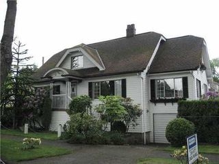 Photo 1: 909 21ST Ave: Fraser VE Home for sale ()  : MLS®# V832988
