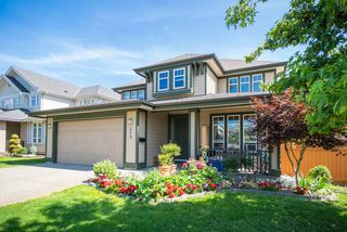 Photo 2: 10419 GLENROSE Drive in Delta: Nordel House for sale (N. Delta)  : MLS®# R2396357