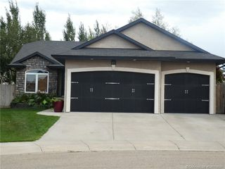 Main Photo: 116 IRVING Crescent in Red Deer: RR Inglewood Residential for sale : MLS®# CA0178587