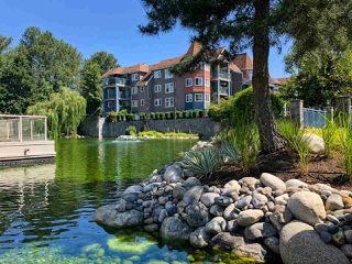 """Photo 10: 301 1190 EASTWOOD Street in Coquitlam: North Coquitlam Condo for sale in """"LAKESIDE TERRACE"""" : MLS®# R2407650"""
