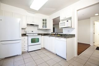 """Photo 6: 301 1190 EASTWOOD Street in Coquitlam: North Coquitlam Condo for sale in """"LAKESIDE TERRACE"""" : MLS®# R2407650"""