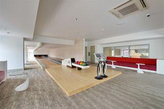 Photo 14: 405 13688 100 Avenue in Surrey: Whalley Condo for sale (North Surrey)  : MLS®# R2409754