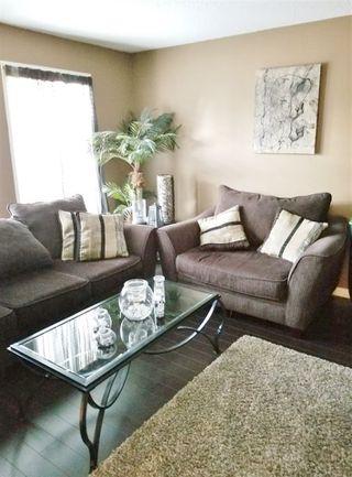 Photo 2: 5209 39B Avenue in Edmonton: Zone 29 House for sale : MLS®# E4181641