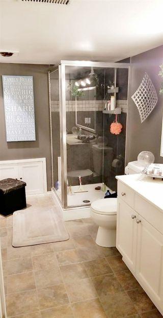 Photo 11: 5209 39B Avenue in Edmonton: Zone 29 House for sale : MLS®# E4181641