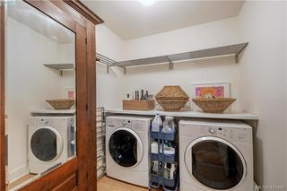 Photo 32: 201 1149 Rockland Ave in VICTORIA: Vi Downtown Condo Apartment for sale (Victoria)  : MLS®# 832124