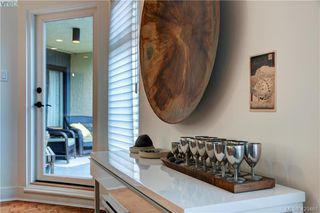 Photo 20: 201 1149 Rockland Ave in VICTORIA: Vi Downtown Condo for sale (Victoria)  : MLS®# 832124