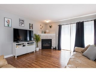 Photo 3: 101 7415 SHAW Avenue in Chilliwack: Sardis East Vedder Rd Condo for sale (Sardis)  : MLS®# R2436395