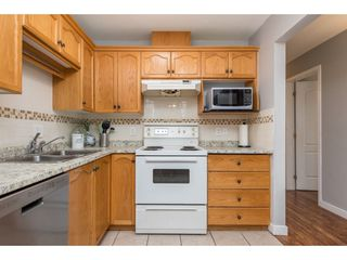 Photo 11: 101 7415 SHAW Avenue in Chilliwack: Sardis East Vedder Rd Condo for sale (Sardis)  : MLS®# R2436395