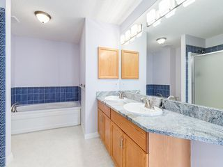 Photo 22: 526 GARRISON Square SW in Calgary: Garrison Woods Row/Townhouse for sale : MLS®# C4292186