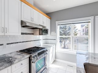 Photo 12: 526 GARRISON Square SW in Calgary: Garrison Woods Row/Townhouse for sale : MLS®# C4292186