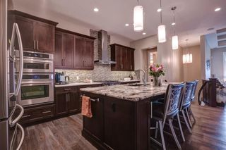 Photo 5: 214 Spring water Close: Heritage Pointe Semi Detached for sale : MLS®# C4294298