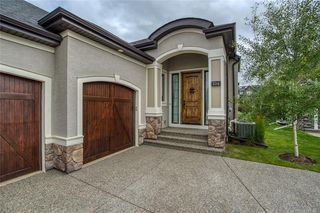 Photo 2: 214 Spring water Close: Heritage Pointe Semi Detached for sale : MLS®# C4294298