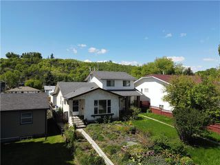 Main Photo: 8133 34 Avenue NW in Calgary: Bowness Semi Detached for sale : MLS®# C4302130